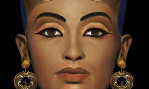 Busto de la reina egipcia Nefertiti, que se encuentra en el Neues  Museum de Berlín /EFE