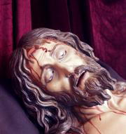 La policrom�a del Yacente sigue la lectura historicista de la S�bana Santa. ABC