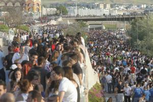 El botellón impidió a las ambulancias acceder al Balcón del Guadalquivir