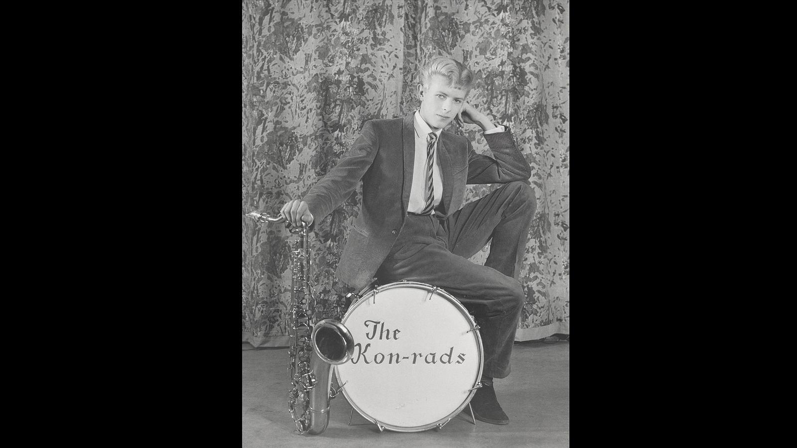 En sus primeros años, entre 1962 y 1968, cuando fundó «The Kon-rads» a los quince años
