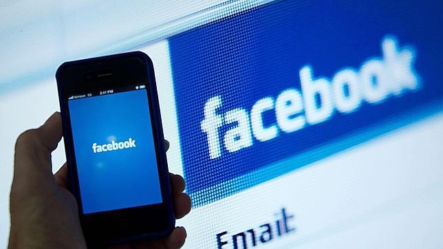 Un estudiante lidera una demanda colectiva global contra Facebook