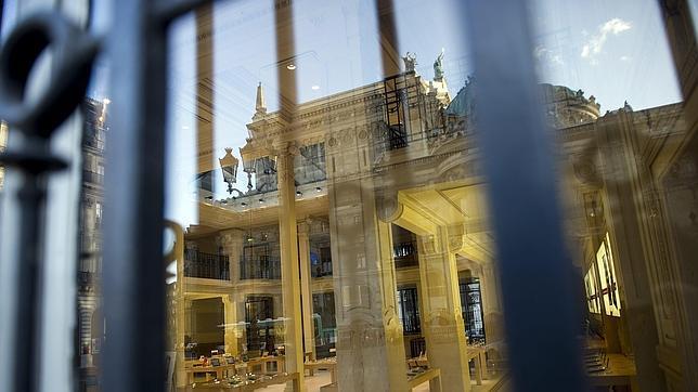 Asaltan una tienda de Apple en París y se llevan un millón de euros en productos