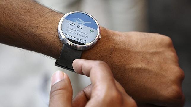 Microsoft lanzaría su smartwatch al mismo tiempo que Apple presente el iWatch