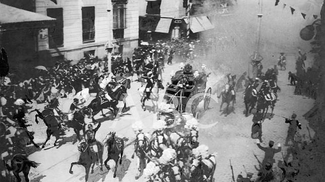 El atentado de Alfonso XIII, nuestra primera «imagen misteriosa»
