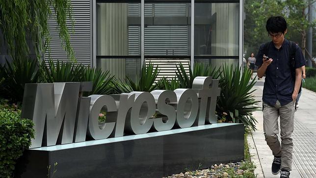 Microsoft demanda a Samsung en EE.UU por incumplimiento de contrato
