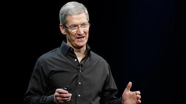 Apple contrata a un ejecutivo de Yves Saint Laurent para acometer un «proyecto especial»