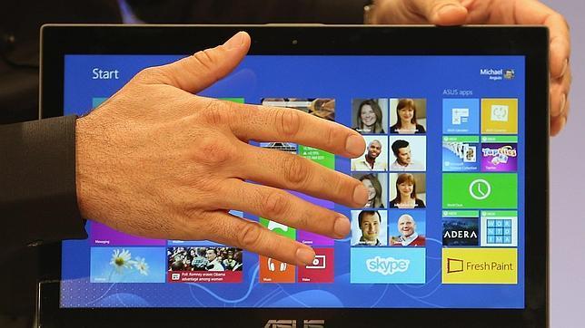 Microsoft elimina la integración con Facebook y Flickr en su «app» de fotos de Windows 8