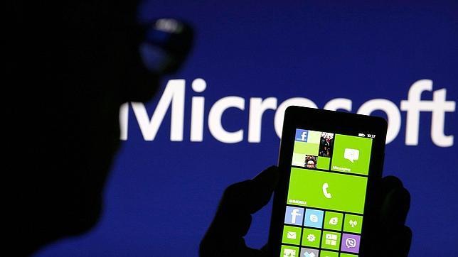 La Comisión Europea autoriza la venta de Nokia a Microsoft