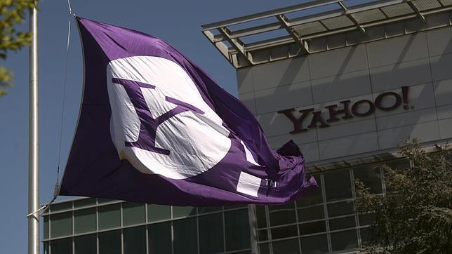 La estrategia de Yahoo para reforzar sus productos: vetará el acceso con cuentas de Google y Facebook
