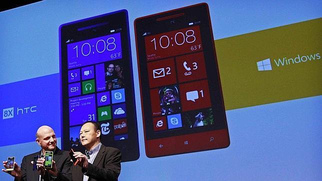 HTC trabaja en el smartphone de Facebook y llegará en 2013