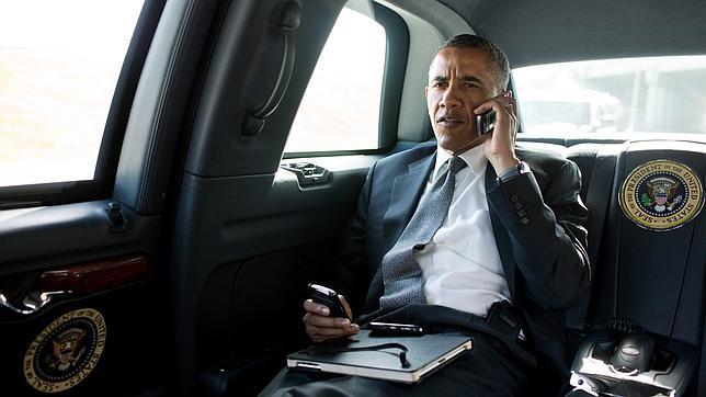 Obama asegura que no le permiten tener un iPhone por «razones de seguridad»