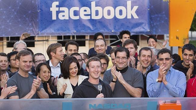 ¿Es posible divorciarse a través de Facebook?