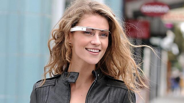 Google Glass podrá fotografiar con un simple guiño a través de Winky