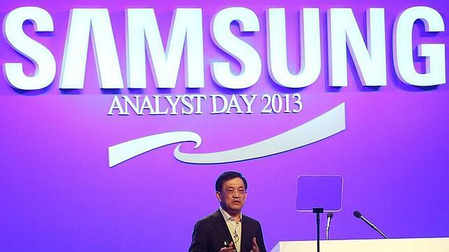 Samsung promete pantallas «plegables» para el año 2015