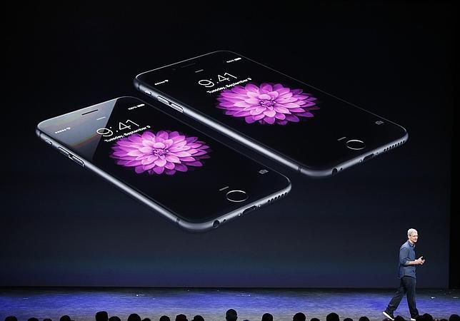 ¿Por qué en todos los anuncios de iPhone 6 aparece la hora 09:41?