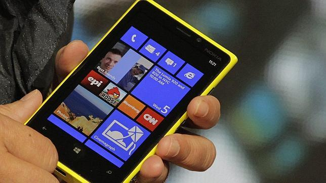 Nokia da la bienvenida a la «joya de su corona»: Lumia 920 llega a España