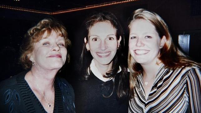 julia roberts madre hija  644x362 Julia Roberts y su madre, ausentes en el funeral por la hermanastra de la actriz