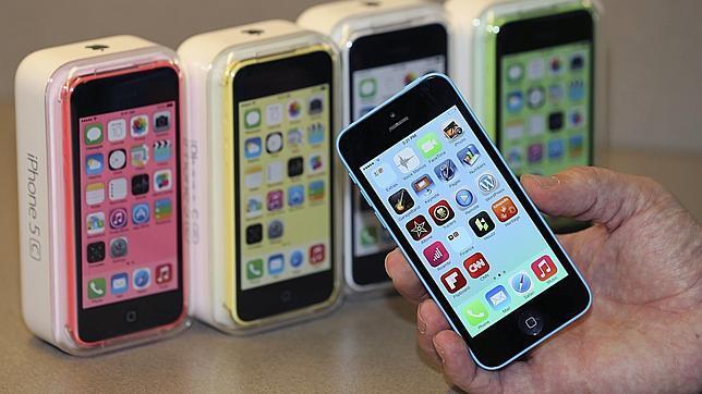 Los jóvenes prefieren el iPhone frente a los productos de la competencia