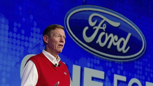 Los accionistas piden a Microsoft que el CEO de Ford ocupe el puesto de Ballmer