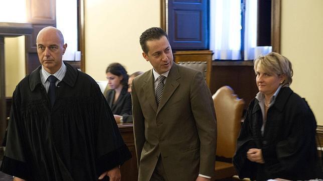 paolo gabriele  644x362 El informático de El Vaticano condenado a dos meses de cárcel por encubrimiento