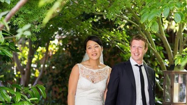 Zuckerberg y su mujer encabezan la lista de filántropos de 2013