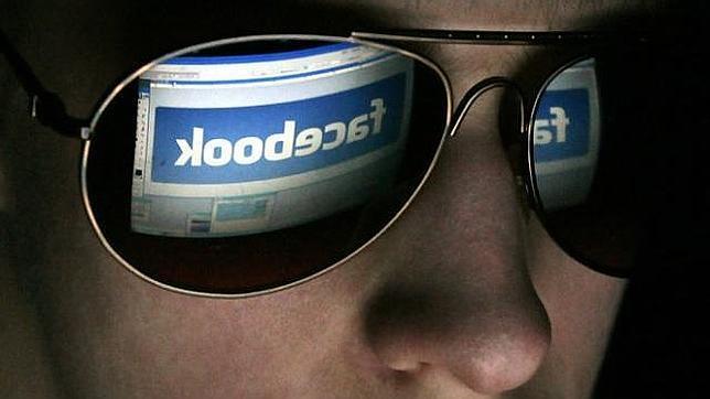 ¿Quieres evitar que EE.UU. te espíe? Venezuela recomienda darse de baja en Facebook