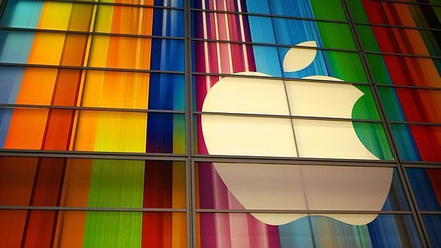 La OCU denuncia el incumplimiento de Apple de la garantía legal de sus productos