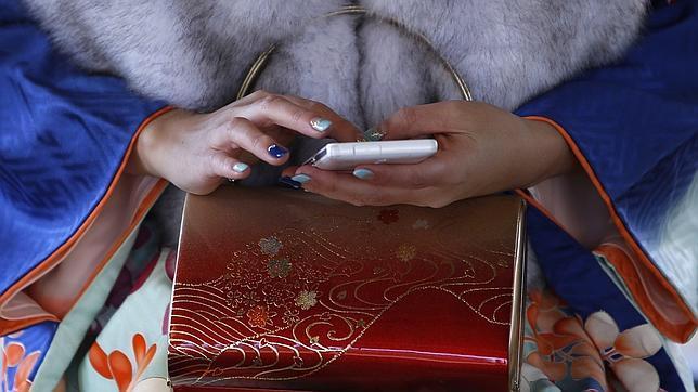 «Phubbing»: cuando tu entorno te ignora por centrarse en el «smartphone»