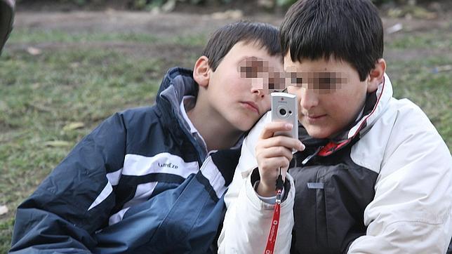 Crean una «app» para que los jóvenes puedan denunciar casos de ciberacoso