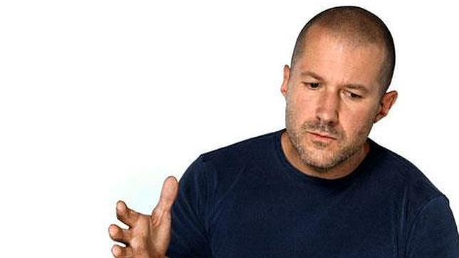 Jon Ive (Apple) acusa a Xiaomi de copiar sus «smartphones»