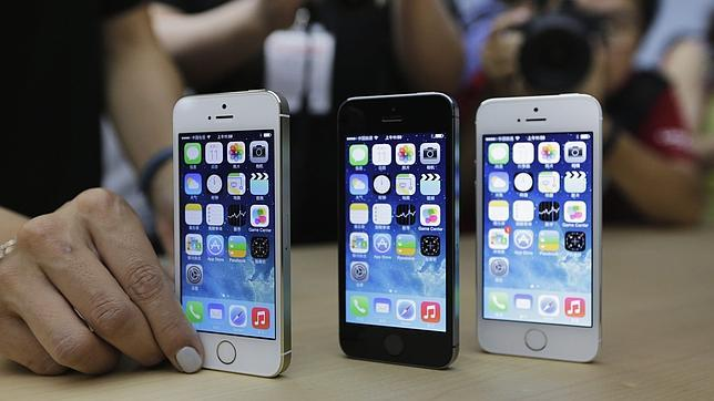 El «stock» de iPhone 5S es insuficiente