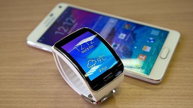 Probamos el Gear S, el smartwatch de Samsung con tarjeta SIM