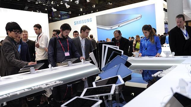Samsung desafía a Apple con la compra de LoopPay, una empresa de pagos móviles