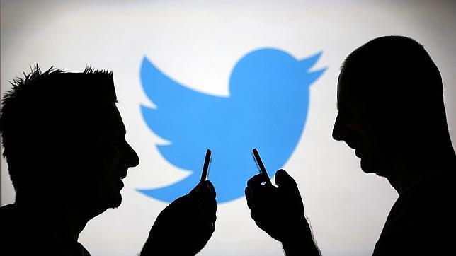 Acusan a un adolescente de asesinato tras revisar sus comentarios en Twitter