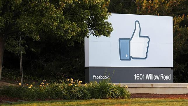 Dar a «Me gusta» en Facebook es un acto de libertad de expresión