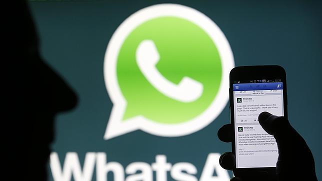 Facebook cae en Bolsa tras la compra de WhatsApp y Blackberry recoge los frutos