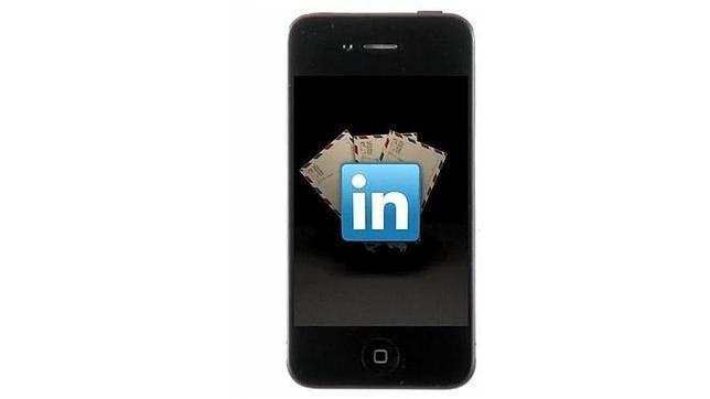Apple prueba la integración de LinkedIn en iOS 7