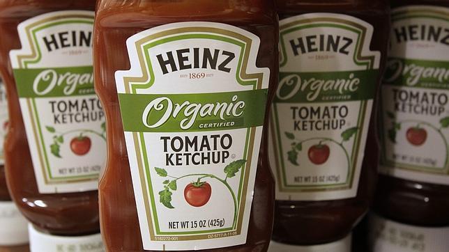 El bote «pornográfico» de ketchup Heinz que indigna a Facebook
