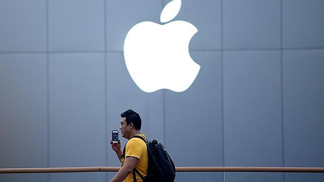 Apple y Google ofrecen incentivos a los desarrolladores que creen juegos exclusivos