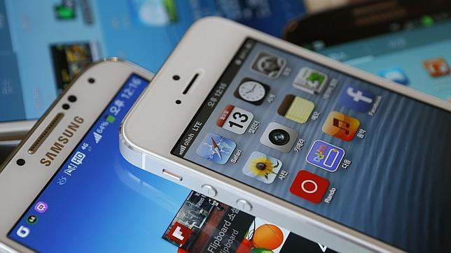 Un jurado obliga a Samsung a pagar 290 millones de dólares a Apple por violar la patente del iPhone