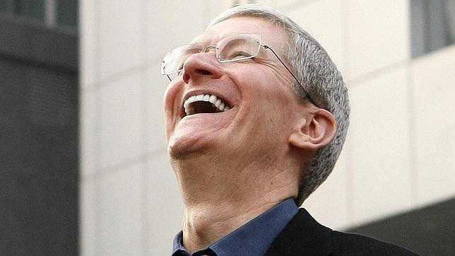 Apple lanzará dos iPhone de gran pantalla este año