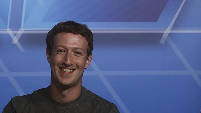 Facebook duplica beneficios gracias a la publicidad móvil