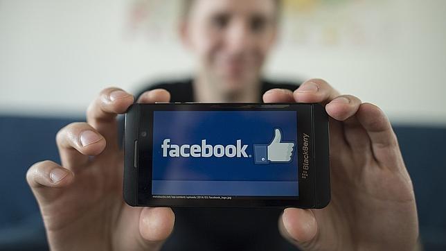 Un país europeo puede suspender la transferencia de datos de Facebook a EE.UU.