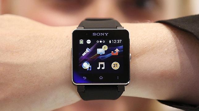 Sony no tiene intención de usar «Android Wear» en sus relojes