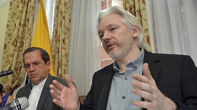 Assange acusa a Google de actuar bajo los intereses del Gobierno de EE.UU.