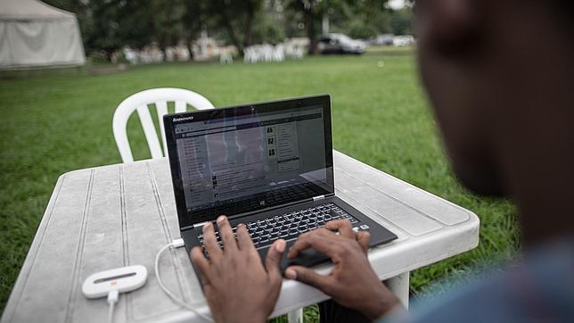 Internet no llega a todos: solo el 38% de la población se ha conectado alguna vez