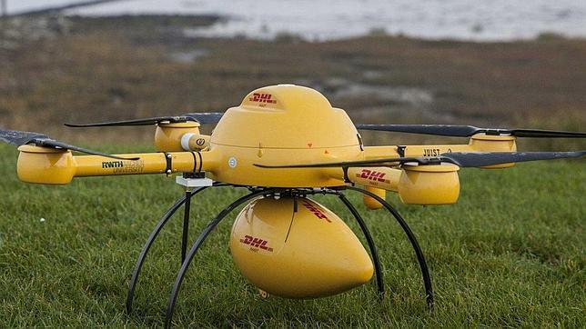 DHL se une a la guerra de Google y Amazon por la entrega de paquetes con drones