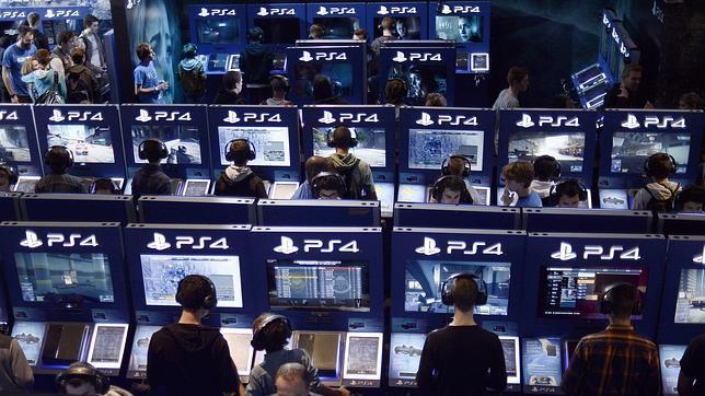 Kim Dotcom negocia con los hackers que atacaron PlayStation Network y Xbox Live