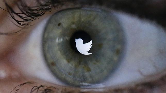Twitter gana dinero cada vez que refrescas el «timeline»