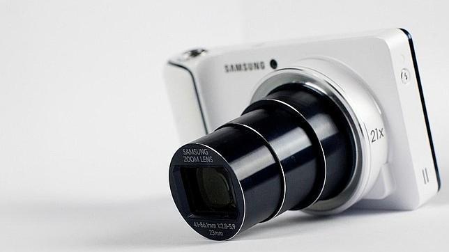 La lente sobre la Galaxy Camera